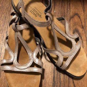Naot sandals size 42